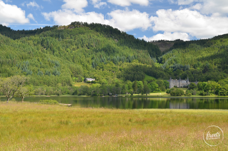 The Trossachs, Schloss am Seeufer